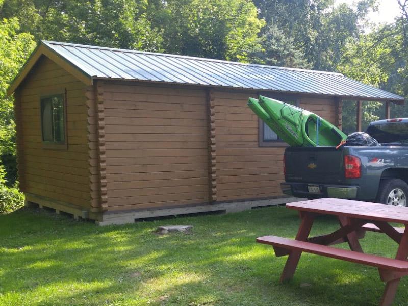 8 person log cabin